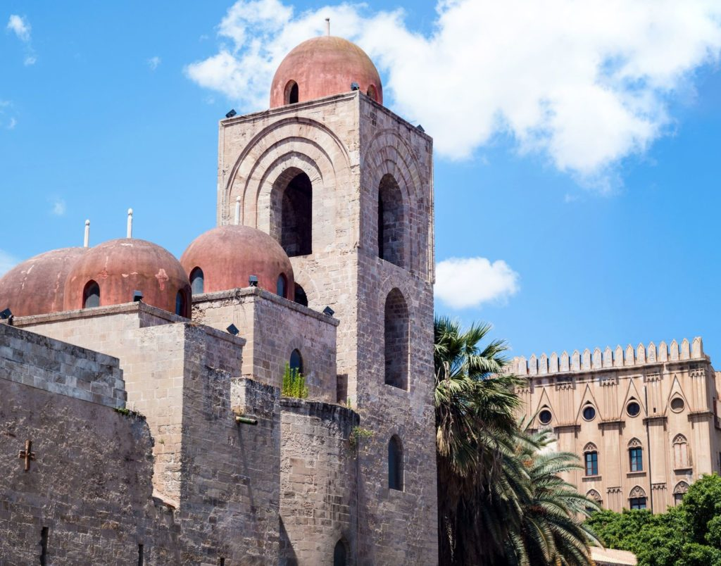 Kostel San Giovanni degli Eremiti v Palermu   gandolfocannatella/123RF.com