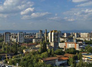 Letecký pohled na Sofii v Bulharsku | intsys/123RF.com