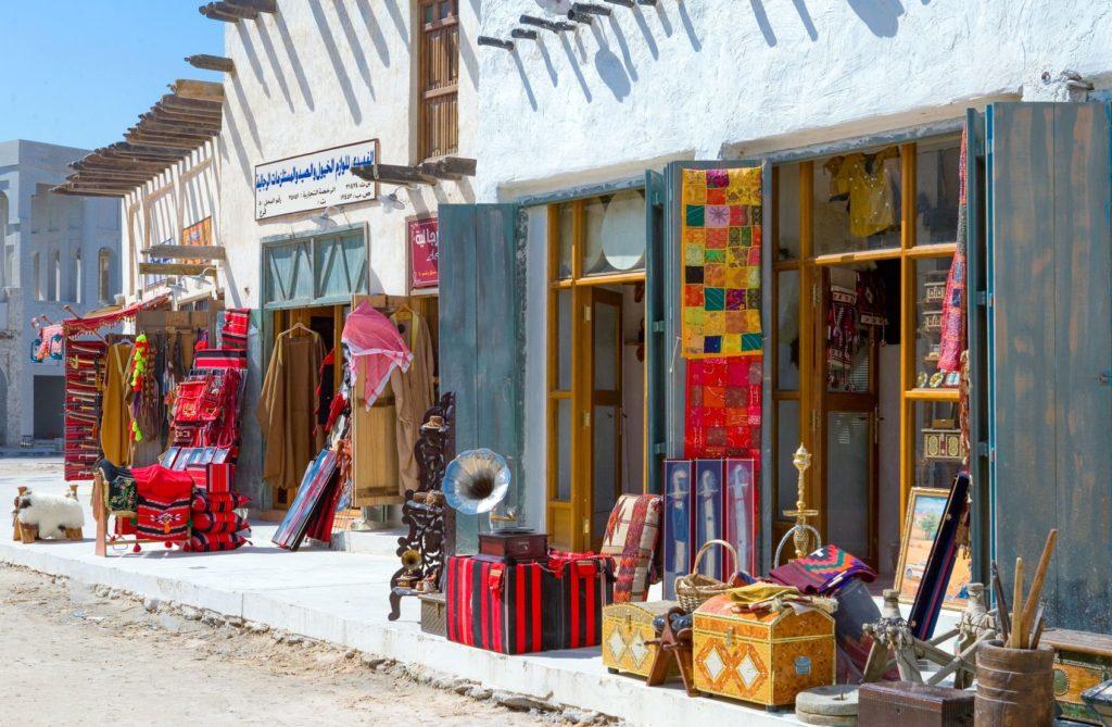 Obchody v Souq Wagif v Dauhá   giuseppemasci/123RF.com