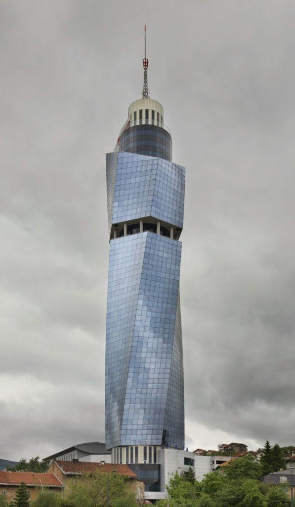 Avaz Twist Tower v Sarajevu | andreyshevchenko/123RF.com