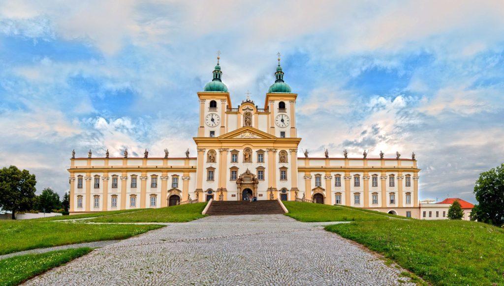 Bazilika Navštívení Panny Marie na Svatém kopečku | forance/123RF.com