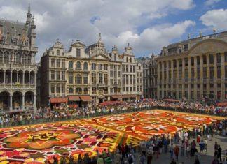 Květinový koberec v Bruselu | mchudo/123RF.com