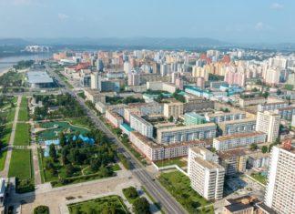 Letecký pohled na město Pchjongjang | mieszko9/123RF.com