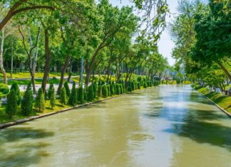 Městská zahrada v Taškentu | efesenko84/123RF.com