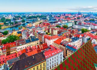 Panorama staroměstské architektury ve Vratislavi | scanrail/123RF.com