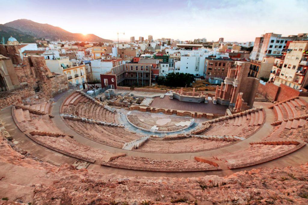 Římské divadlo v Cartageně ve Španělsku   mme123/123RF.com