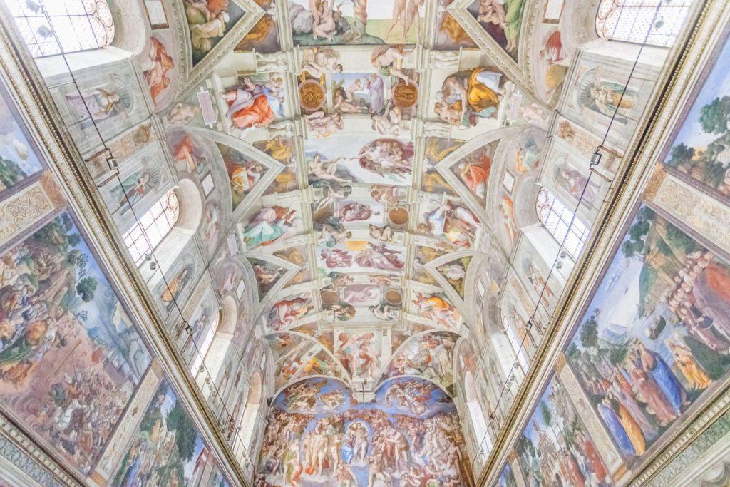 Strop Sixtinské kaple ve Vatikánu | sorincolac/123RF.com