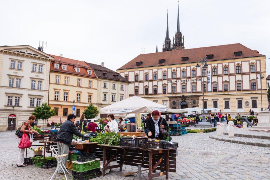Zelný trh v Brně | vvoennyy/123RF.com