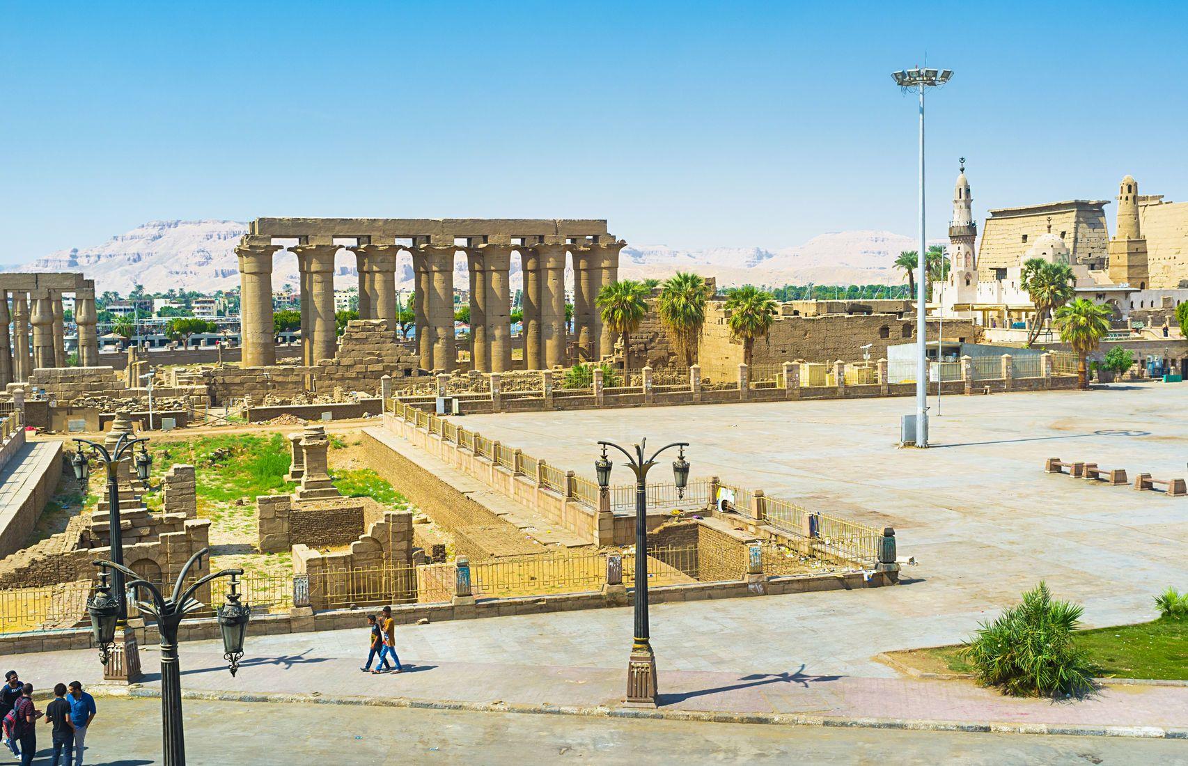 Amenhotepova kolonáda v Luxoru | efesenko84/123RF.com