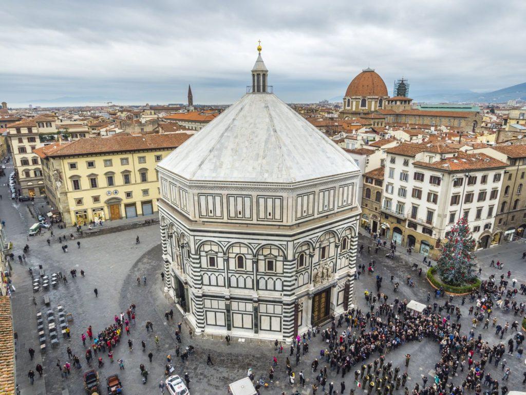 Baptisterium svatého Jana Křtitele ve Florencii   alfredogarciatv/123RF.com