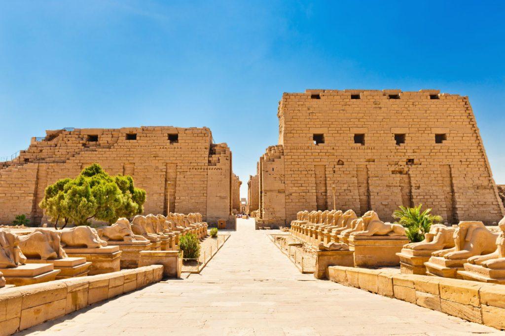 Chrám v Karnaku v Egyptě | moonfish7/123RF.com