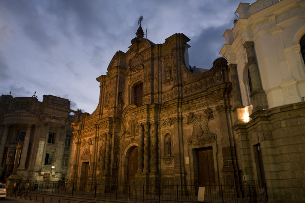 La Compania de Jesús v Quitu | keithlevit/123RF.com
