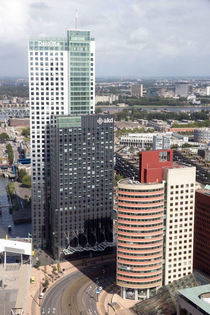 Mrakodrap Maastoren v Rotterdamu | jvdwolf/123RF.com