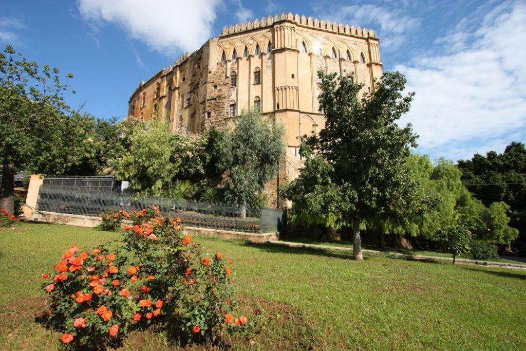Palazzo dei Normanni v Palermu | tupungato/123RF.com