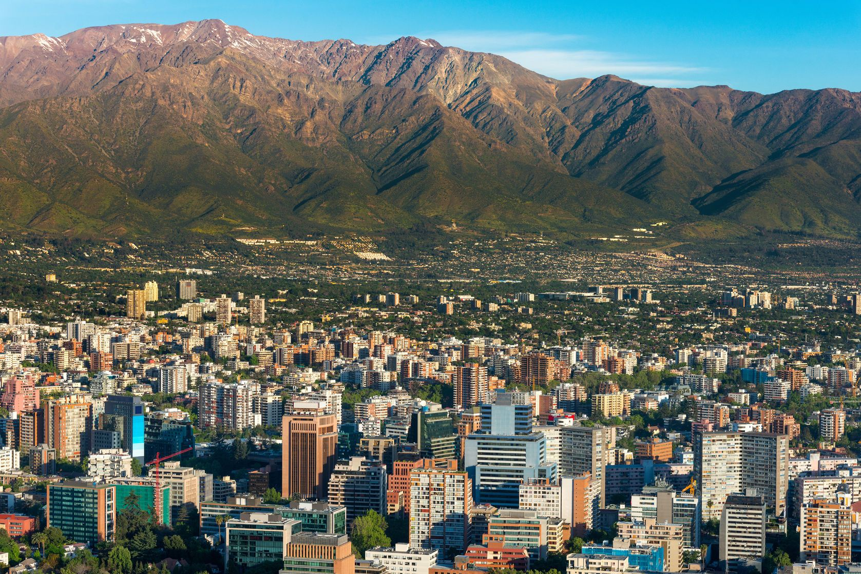 Panoramatický výhled na Santiago de Chile | tifonimages/123RF.com