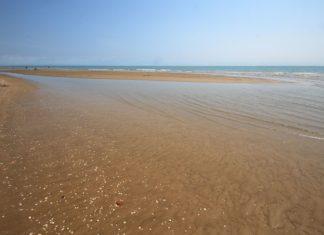 Pláž v italském Bibione | zocchi2/123RF.com