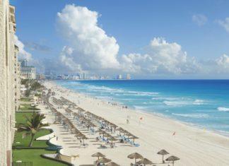 Pláž v mexickém Cancúnu | designsource09/123RF.com