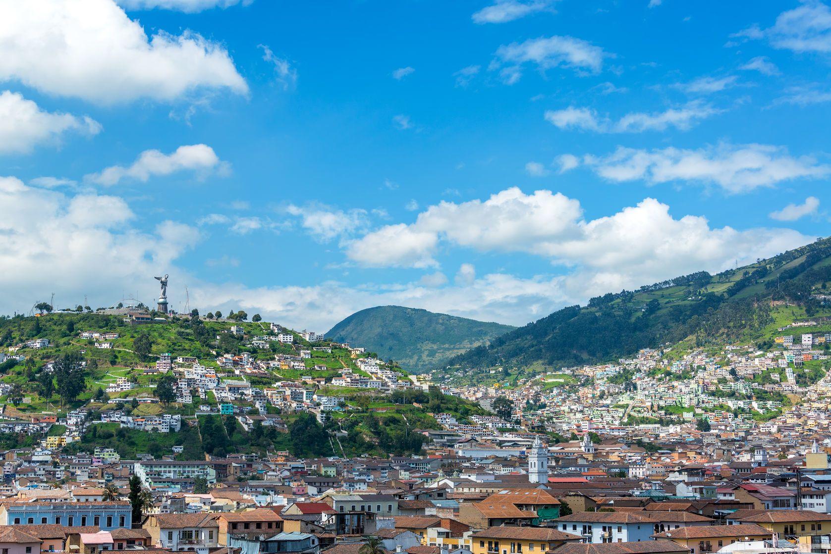 Pohled na Quito v Ekvádoru | jkraft5/123RF.com