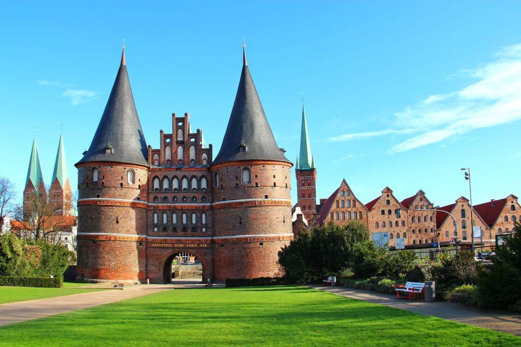 Holštýnská brána v Lübecku | karnizz/123RF.com