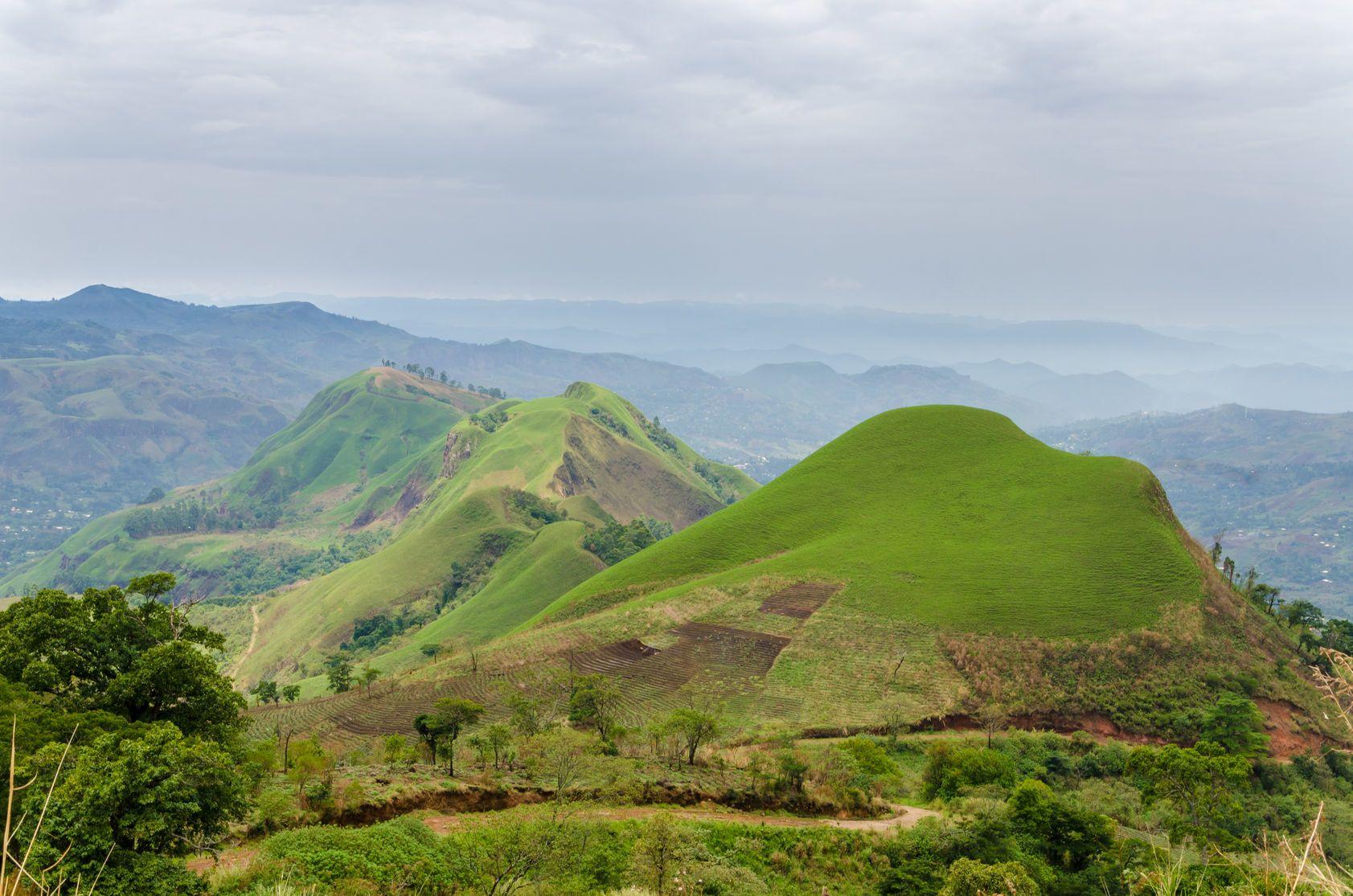 Horská krajina v Kamerunu   wootan51/123RF.com