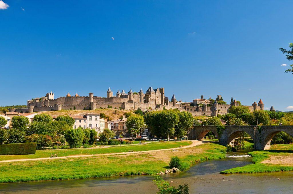 Hrad Carcassonne ve Francii | apgestoso/123RF.com