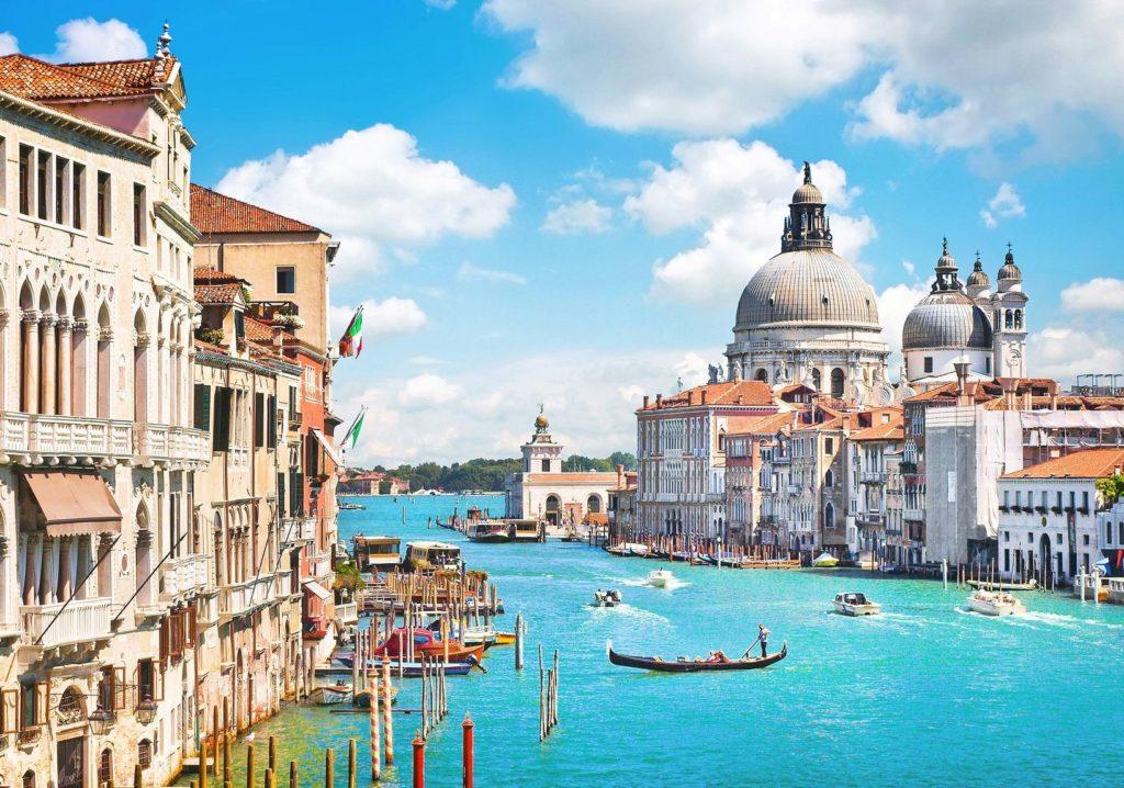 Kanál Grande v Benátkách | jakobradlgruber/123RF.com