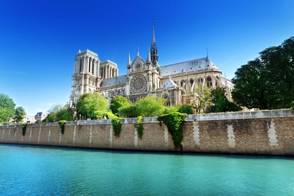 Katedrála Notre Dame v Paříži | iakov/123RF.com
