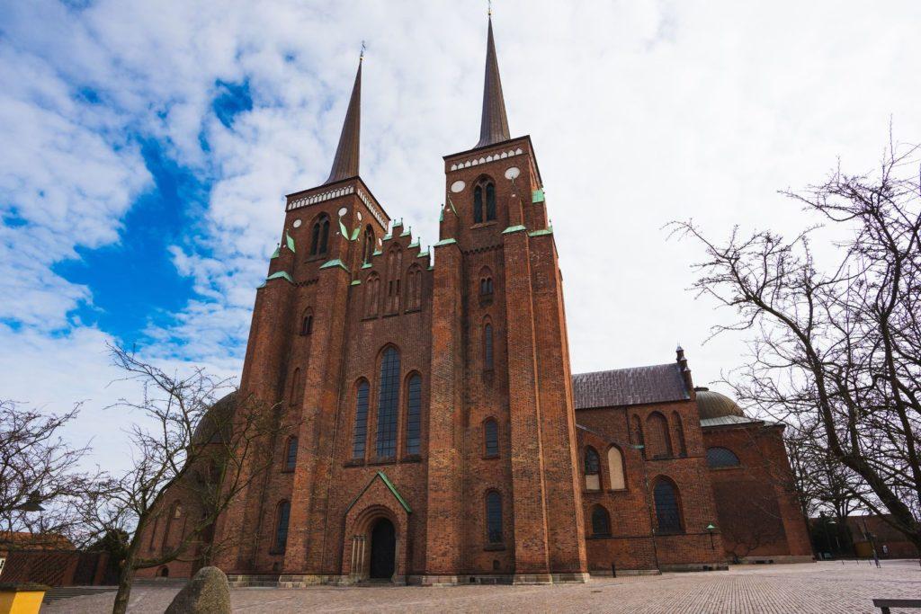 Katedrála v Roskilde v Dánsku | peus/123RF.com