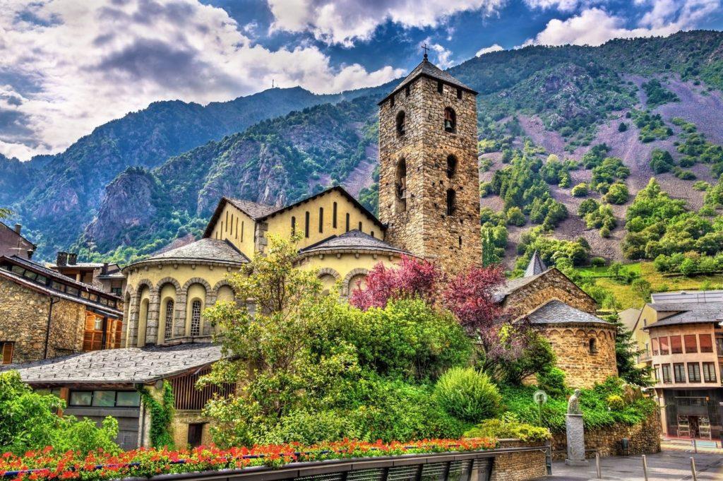 Kostel Sant Esteve v Andoře | elec/123RF.com