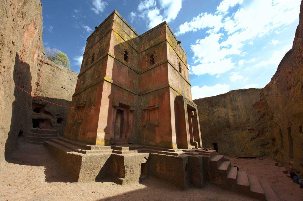 Kostel svatého Jiří v oblasti Lalibela v Etiopii | dchulov/123RF.com