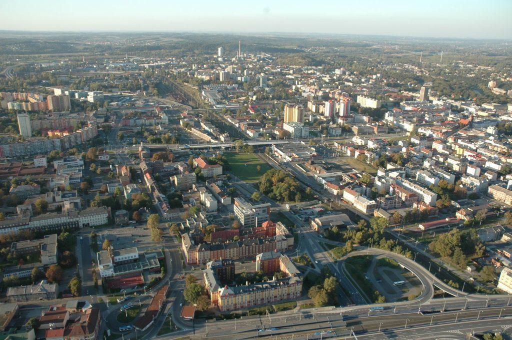 Letecký pohled na Ostravu | videoprojekce/123RF.com