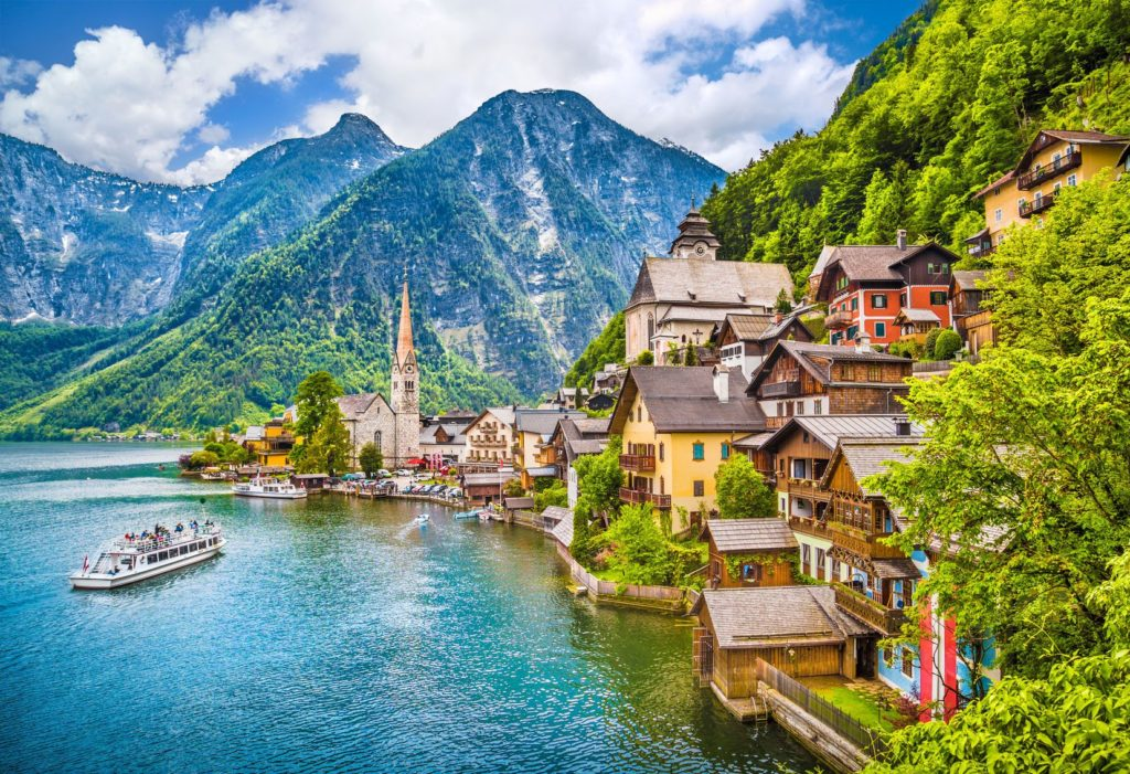 Městečko Hallstatt v rakouských Alpách | jakobradlgruber/123RF.com