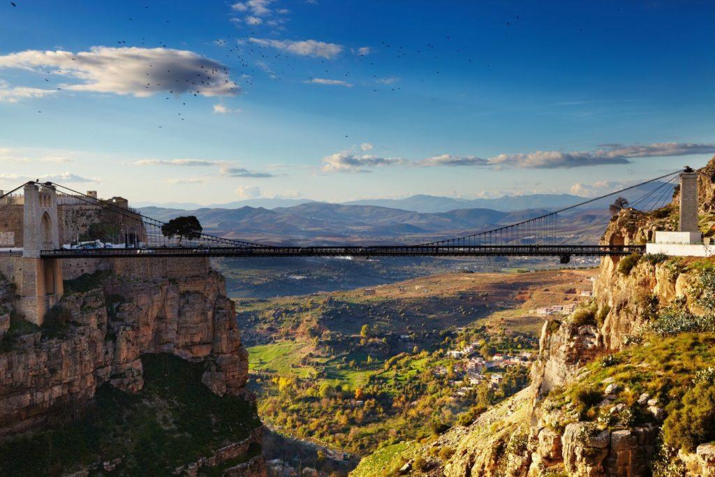 Most Sidi M´Cid ve městě Constantine v Alžírsku | muha/123RF.com