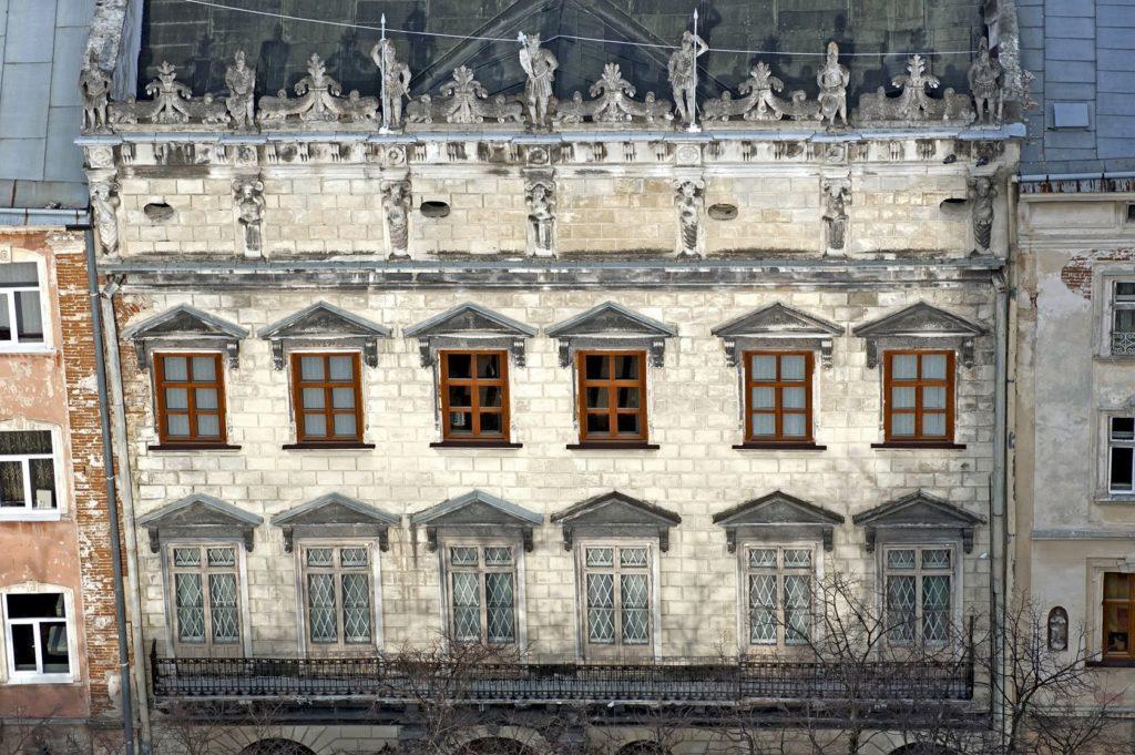 Palác Kornyakt ve Lvově | dmitrydesigner/123RF.com