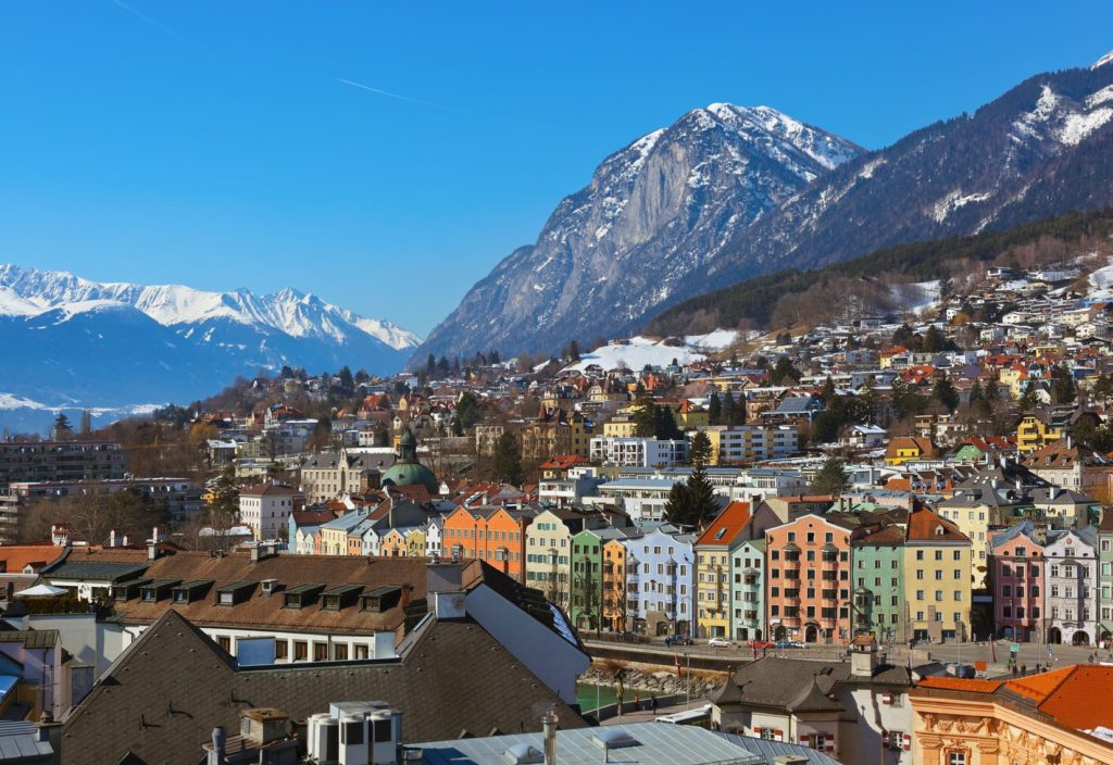 Panorama města Innsbruck v Rakousku | Violin/123RF.com