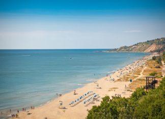 Panoramatický pohled na Zlaté pobřeží v Bulharsku | master2/123RF.com