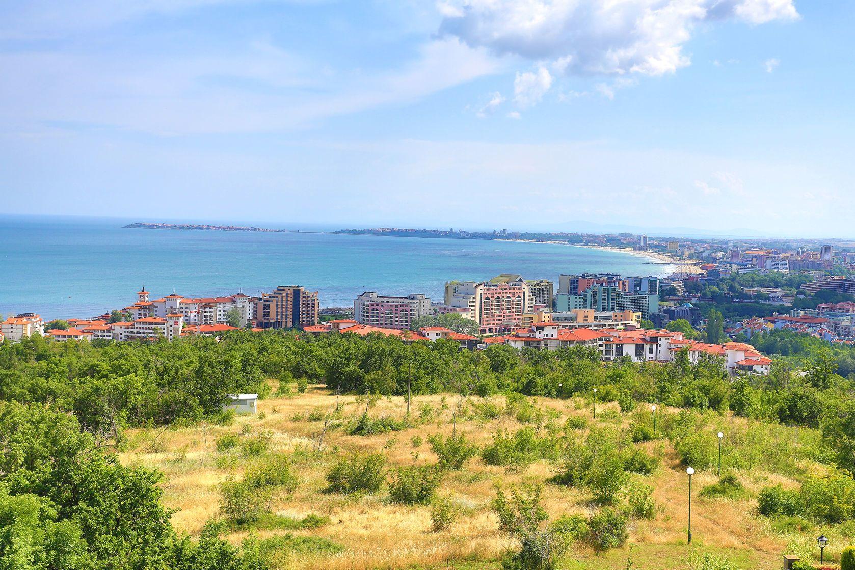 Pohled na město Burgas v Bulharsku | realperson/123RF.com