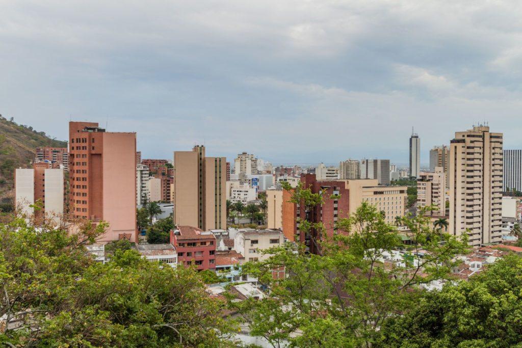 Pohled na město Cali v Kolumbii | mathess/123RF.com