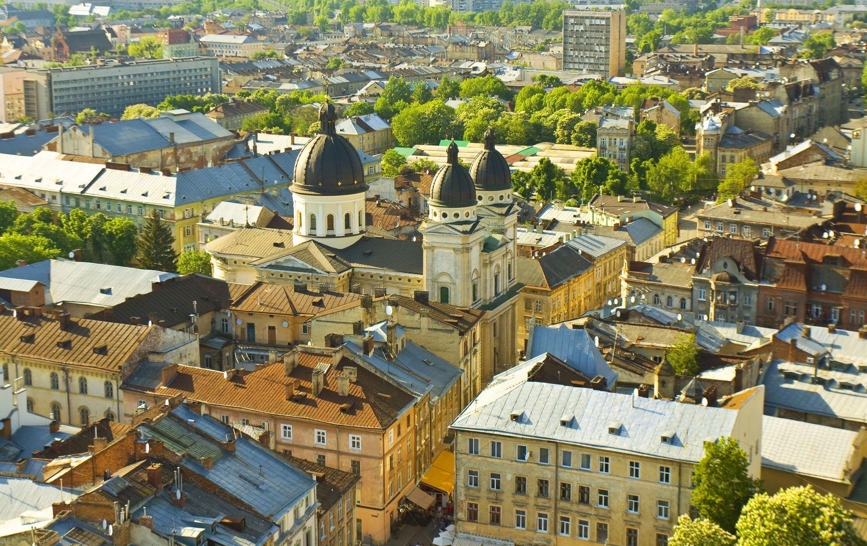 Pohled na město Lvov na Ukrajině | afonskaya/123RF.com