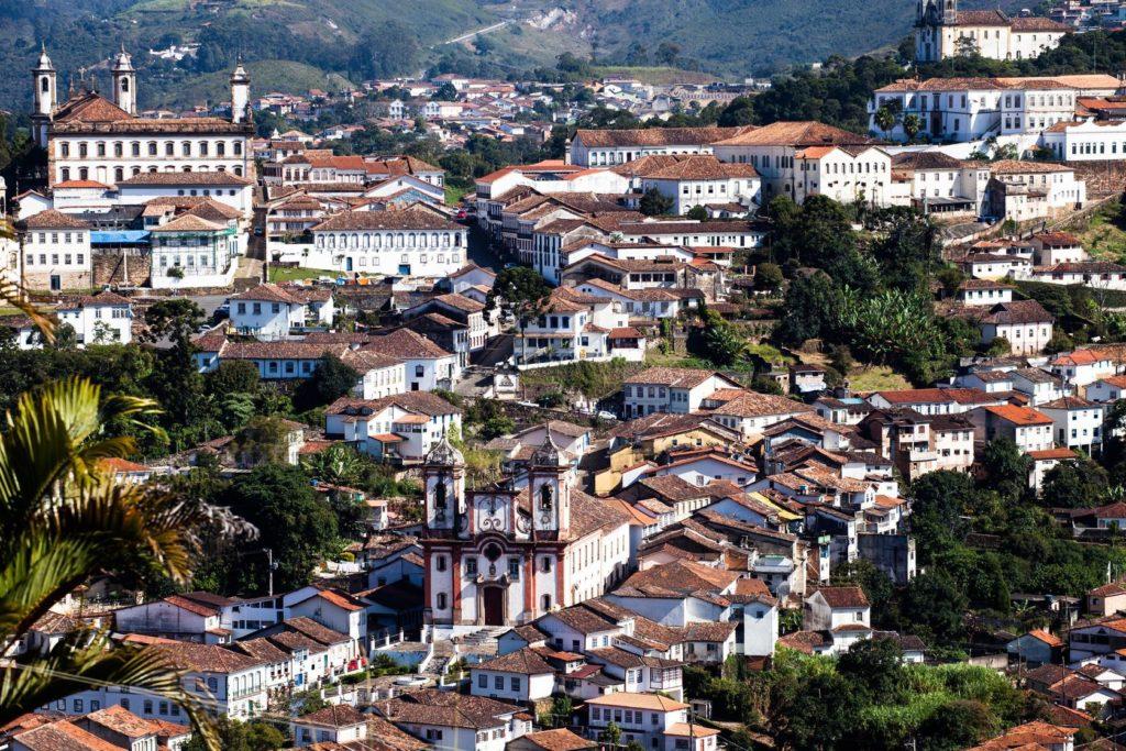 Pohled na město Ouro Preto v Minas Gerais v Brazílii   prusaczyk/123RF.com