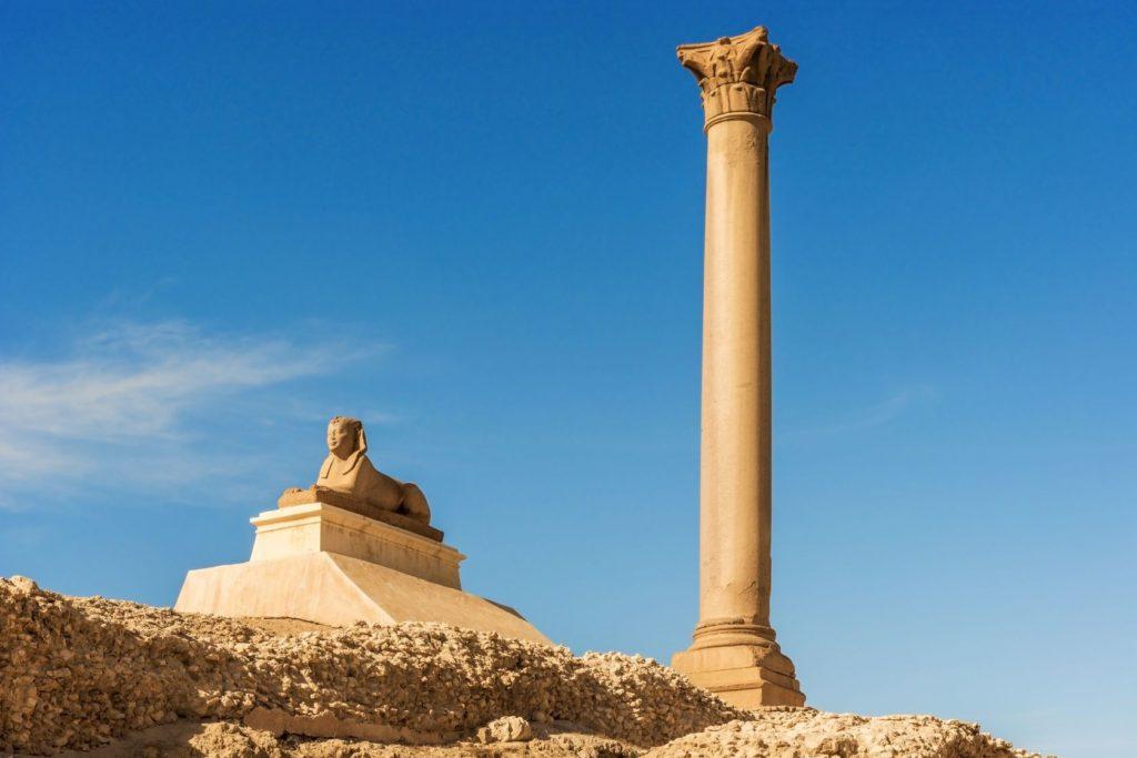Pompejův sloup v egyptské Alexandrii | mark52/123RF.com