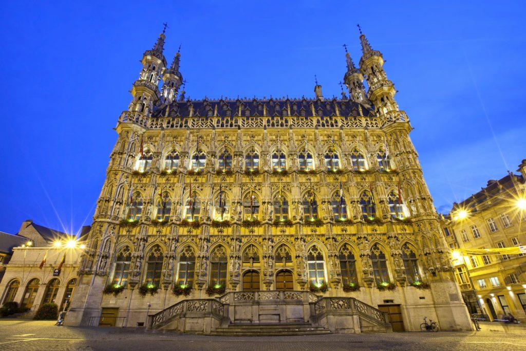 Radnice v belgickém městě Leuven | bbsferrari/123RF.com
