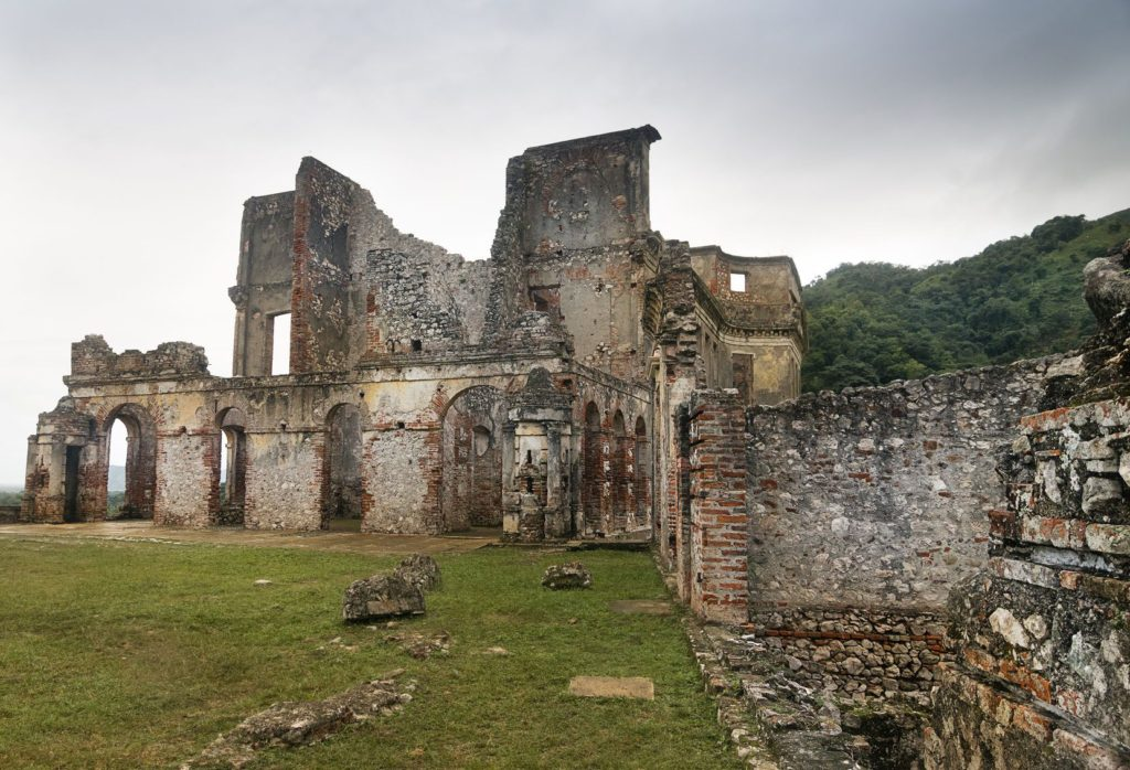 Ruiny paláce Sans-Souci na Haiti | dlrz4114/123RF.com