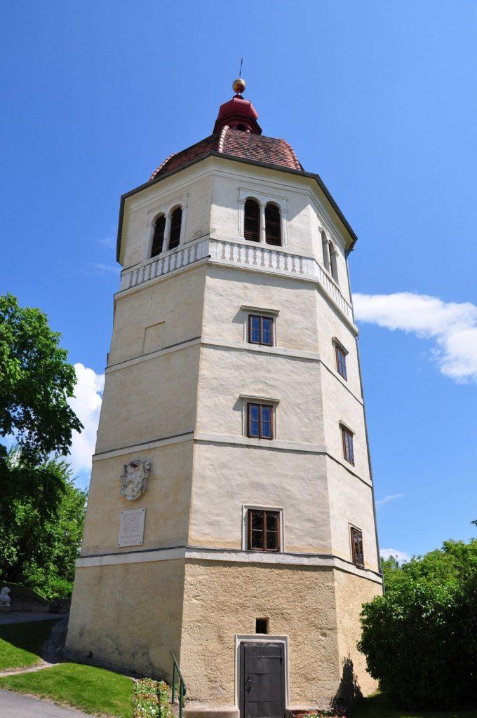 Glockenturm v Grazu | rbiedermann/123RF.com