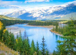 Krásná horská krajina v Kanadě | rozabel/123RF.com