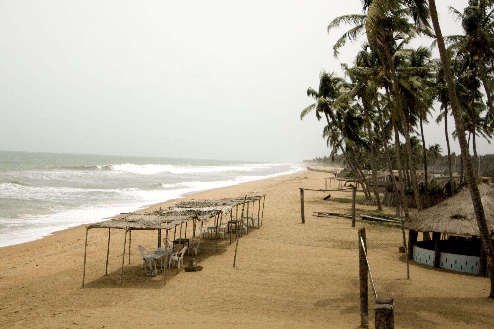 Pláž v Beninu   isselee/123RF.com