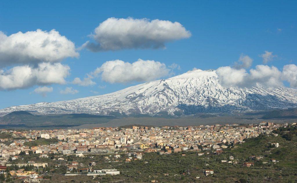 Sopka Etna na Sicílii | ollirg/123RF.com
